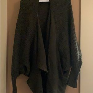 One Size never worn AE cardigan